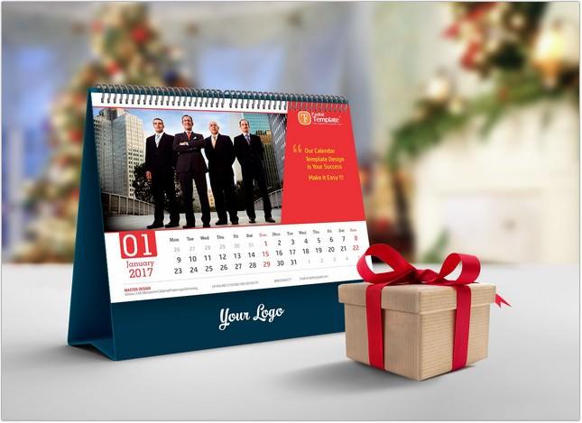 Free Desk Calendar Mockup PSD 2018