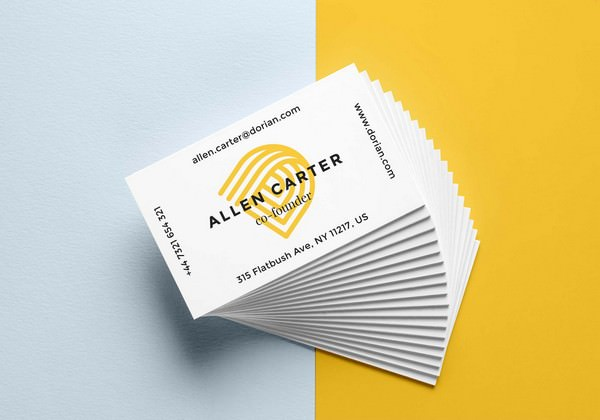 Free Realistic Business Card Mockup (PSD)
