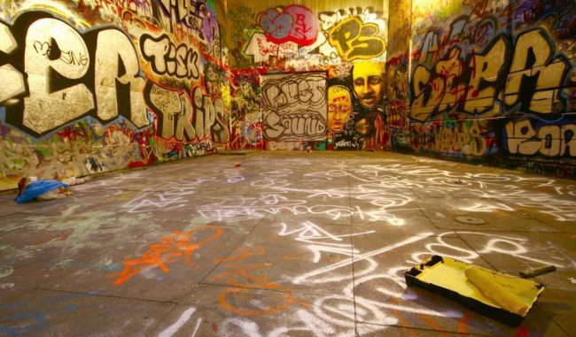 1024 × 600 Hall Abstract graffiti picture