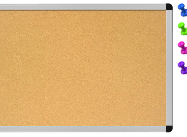 Cork Board With Pin HD Texture 1280 × 752