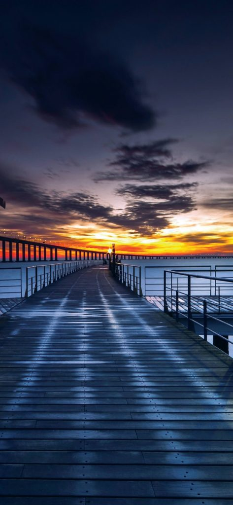 Beautiful-Evening-Bridge-View-1080×2340