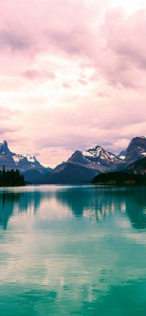 beautiful-lake-and-mountain-photography-1080x2340