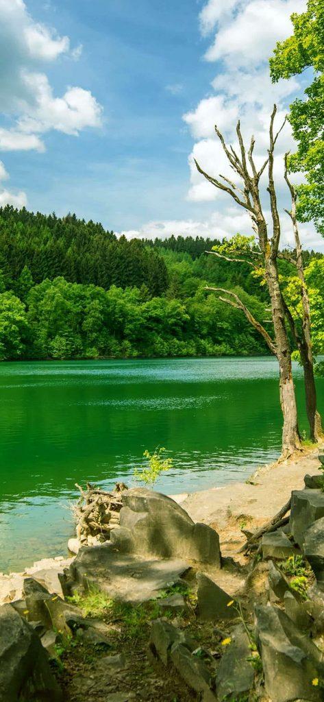 beautiful-lake-hq-image-1080x2340