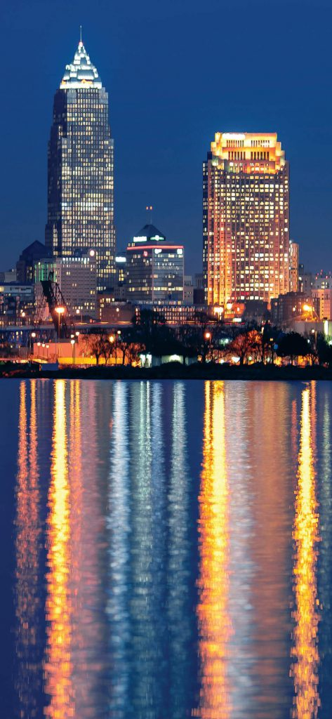 cleveland-night-city-building-wallpaper-1080x2340