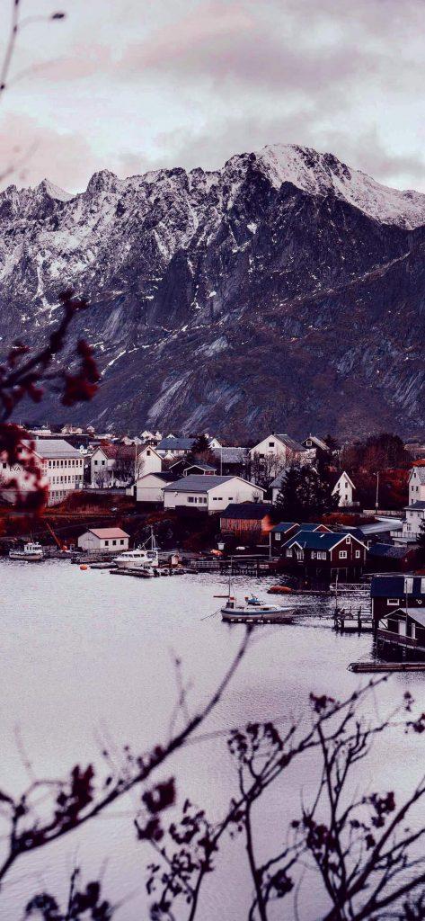 village-near-mountains-wallpaper-1080x2340