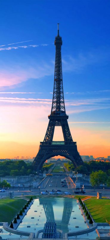 beautiful-view-of-eiffel-tower-1080x2340