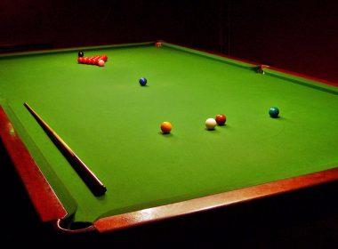 amazing-billiard-balls-stick-and-table-wallpaper-2122 x1415
