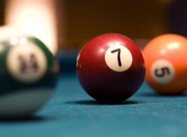 Billiards Ball Blured Photograhpy HD Wallpaper-2560x1600