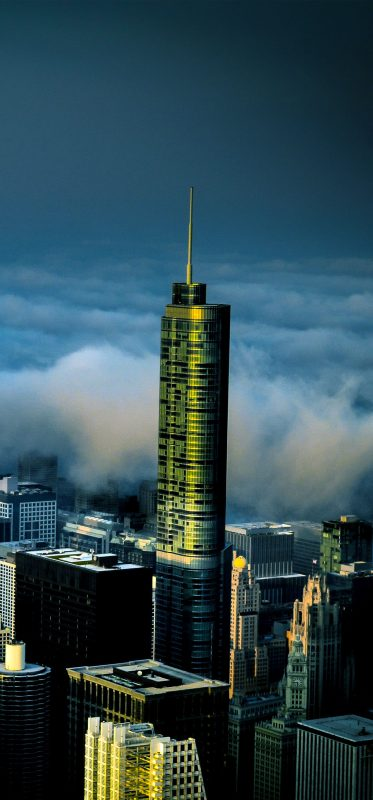 chicago-buildings-surrounded-by-fog-1080x2316