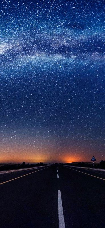 starry-night-road-view-wallpaper-1080x2340
