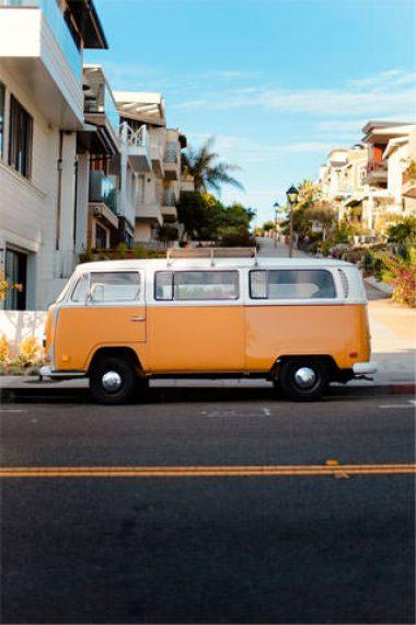 320×480-Vintage-Van-HD-Wallpaper