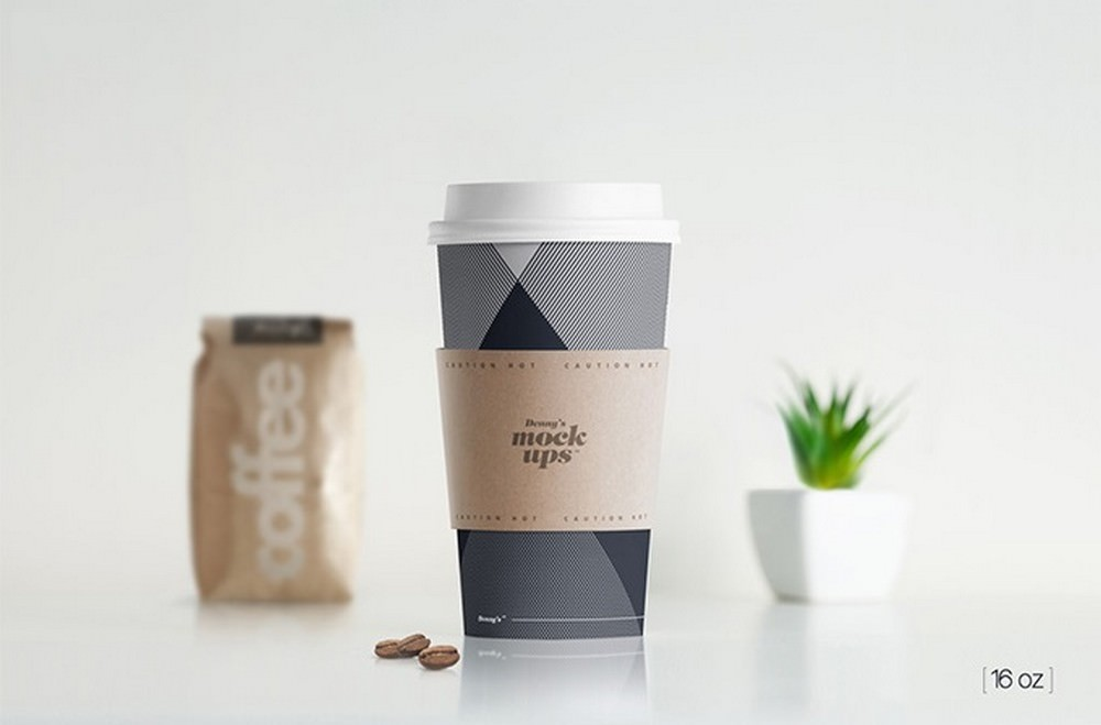 high-quality coffee paper cup mockup 300 dpi