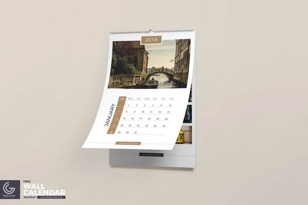 Realistic Wall Calendar Mockup (PSD)